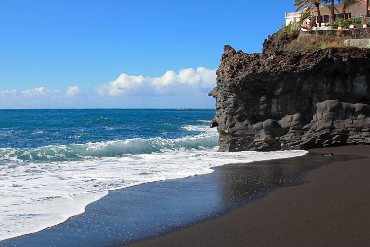 What is black sand - Sandatlas