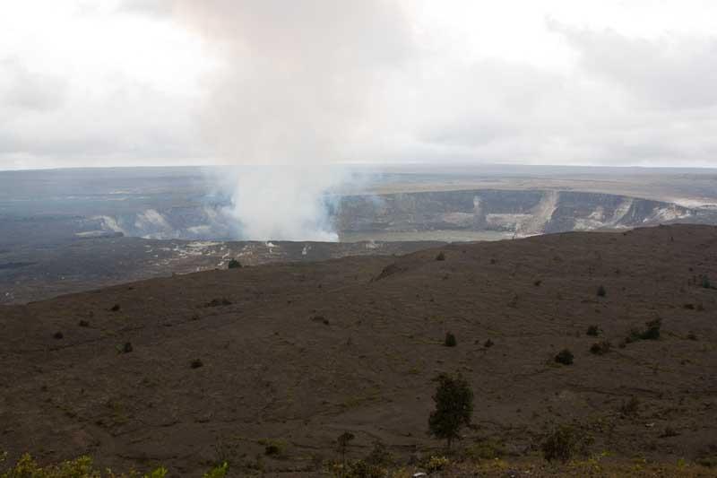Degassing of Halemaumau crater in Hawaii