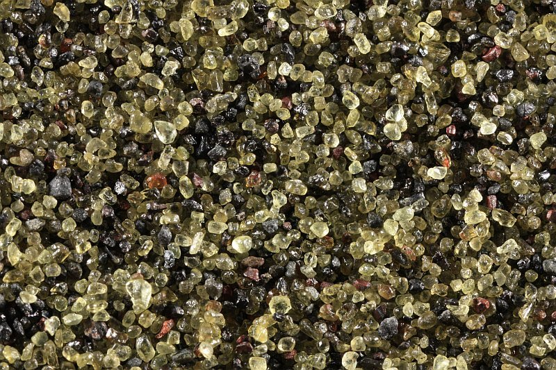 Olivine sand from Sivuqaq